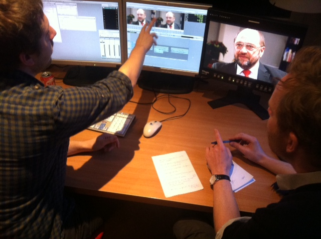 Redigering av de tre president-intervjuene, det er vanskelig å velge hva som skal ut! Simen Ekern sammen med vår belgiske redigerer.